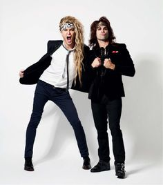 Community Property Community Property, Steel Panther, 80s Hair Bands, Heavy Metal Bands, Alternative Music, Random Quotes, Kurt Cobain, Panthers, Gorgeous Men