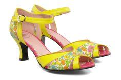 Heptaxi Annabel Winship (Jaune) : livraison gratuite de vos Nu-pieds et sandales Heptaxi Annabel Winship chez Sarenza
