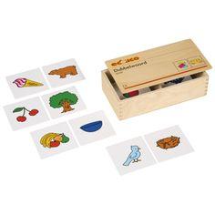 --- dubbelwoord --- Kinderen stellen nieuwe woorden samen door steeds 2 kaartjes te combineren. Met de kaartjes kunnen 16 verschillende woorden gemaakt worden. Inhoud: 2 sets van 16 beeldkaartjes. Formaat kist: 24 x 13 x 6 cm (l x b x h). 522027 Playing Cards, Games, Kids, Young Children, Boys, Children, Toys, Children's Comics, Cards
