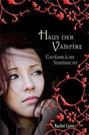 """Die Sicherheit Morganvilles hängt am seidenen Faden. Rachel Caine setzt auf Claire Danvers aus dem """"Haus der Vampire"""", das Chaos zu lichten. Eine """"Gefährliche Sehnsucht"""" sorgt allerdings für Gegenwind. Der Leser wird Zeuge von Freundschaft und Zusammenhalt, Humor und Spannung, Liebe und Leid in einer gut aufeinander abgestimmten Mischung."""