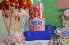 Festa Peppa Pig Party https://www.etsy.com/listing/157984668/peppa-pig-party-decor-big-set-digital?ref=related-2 Kit Festa Personalizado Peppa Pig http://www.elo7.com.br/bolleblu/peppa-pig/al/69099