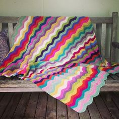 Megan's beautiful Ripple Blanket :: Crochet