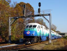 RailPictures.Net Photo: VRE V41 Virginia Rail Express (VRE) EMD F59PHI at Burke, Virginia by Henry Dralle