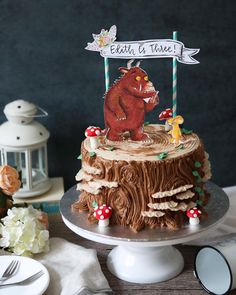 A Gruffalo themed cake for cute little Edith's birthday! Buttercream stu… A Gruffalo themed cake for cute little Edith's birthday! Buttercream stump cake topped with Gruffalo and Mouse, painted on fondant… 3rd Birthday Cakes, Frozen Birthday, Birthday Ideas, Gruffalo Party, Fairy Cakes, Delicious Cake Recipes, Cake Toppings, Creative Cakes, Themed Cakes