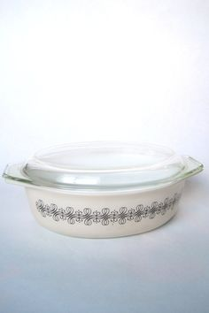 Hey, I found this really awesome Etsy listing at https://www.etsy.com/listing/153685985/vintage-1965-pyrex-promotional-empire