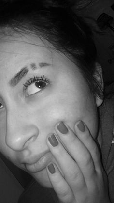 Are you looking at how to create a perfect slit eyebrow in your brow? A slit eyebrow can represent a variety of things. You can also create perfect eyebrow slits on your eyebrows by using an electric or tape and manual razor. Eyebrow Cut, Eyebrow Slits, Smiley Piercing, Dermal Piercing, Goth Makeup, Eye Makeup, Beauty Makeup, Tumblr Eyebrows, Anastasia