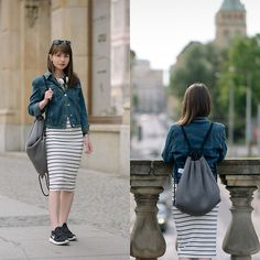 People Around The World, Real People, Striped Dress, Midi Skirt, Street Style, Casual Chic, Skirts, Hair, Dresses