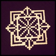 Square design hama beads by cegebjerg