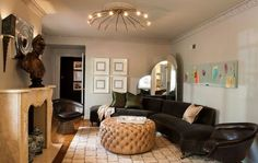 Tricia Huntely put a sleek modern twist on the classical feel of the master sitting room