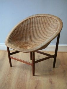 nanna ditzel-soren wiladsen-vintage modern design-nanna ditzel chair Mid-century Modern, Modern Design, Vintage Modern, Rattan, Wicker, Love Chair, Vintage Chairs, Take A Seat, Chair Design