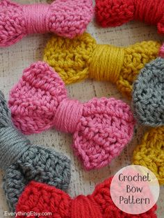 Crochet Bow Pattern - Photo Tutorial on EverythingEtsy.com (plus links to more cute projects.)