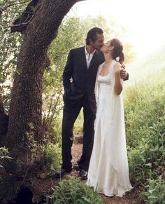 These Celebs Got Married in the Early 2000s and the Nostalgia Is REAL - Benjamin Bratt and Talisa Soto from InStyle.com Celebrity Wedding Photos, Celebrity Gallery, Celebrity Couples, Celebrity Weddings, Star Wedding, Dream Wedding, Wedding Couples, Cute Couples, Talisa Soto