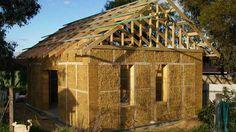 Saman ev nedir? Saman ev hakkında genel bilgi.Günümüzün betonerme evlerine nazaran doğada yapılabilecek evler daha sade ve daha işlevsel olabilir.