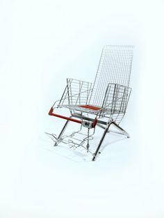 Design furniture 'Shoppaholic's Throne'