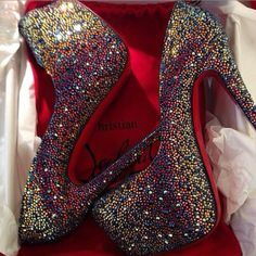 I never thought I would like sparkly heels but these I love!