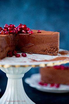 Czekoladowo - bezowe ciasto truflowe Food Cakes, Sweet Cakes, Truffles, Vanilla Cake, Tiramisu, Cake Recipes, Panna Cotta, Cheesecake, Food Porn