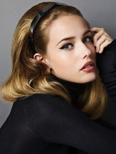 6. Alice Bands - 7 Easy Hairstyles for College when You're in a Hurry…