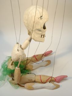 stringing_puppet