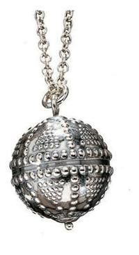 Kalevala Jewelry: Halikon käätykorut pedant