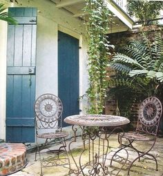 French Quarter patio... for when I move to New Orleans