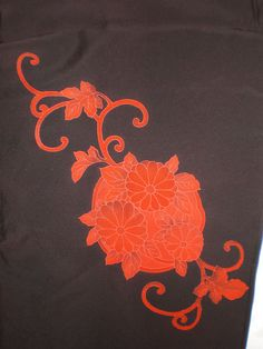 SF705 Vintage Japanese Hand Dyed Red Floral on por TheHauserGallery