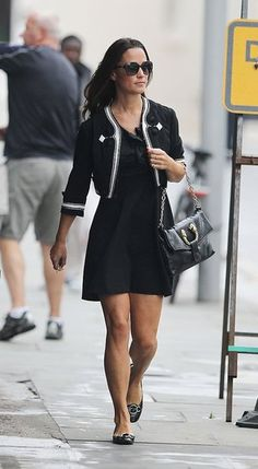 very nice outfit!Pippa Middleton