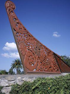 maori wood sculpture