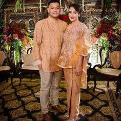 Indonesian Kebaya, Kebaya Dress, Modest Fashion Hijab, Modern Hijab, Fancy Gowns, Bridesmaid Dresses, Wedding Dresses, Bridesmaids, Wedding Prep