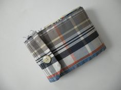 Shirt Cuff Wallet by Replayground, via Flickr