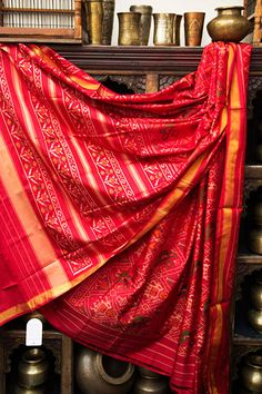 A beautiful vegetable dyed and printed Mangalagiri cotton Saree.