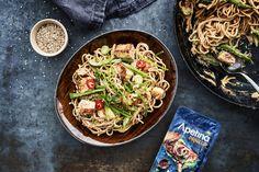 Paneer-maapähkinänuudelit on syksyn paras lohturuoka Japchae, Tofu, Ethnic Recipes, Red Peppers