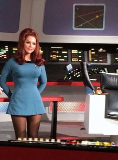 I love the original Star Trek! The bright velour of the uniforms and the women's hemlines were so in tune with the times. Star Trek Crew, Star Trek 1, Star Trek Ships, Star Trek Voyager, Star Trek Continues, Star Trek Theme, Star Trek Uniforms, Star Trek Cosplay, Star Trek Images