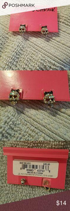 BETSEY JOHNSON skull studs BJ skull stud earrings Betsey Johnson Jewelry Earrings