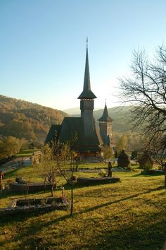 Wooden church, Maramures county, one of the best kept Europe's secrets, Romania. Old Country Churches, Old Churches, Beautiful World, Beautiful Places, Church Architecture, Wooden Architecture, Les Religions, Cathedral Church, Church Building