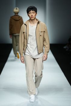Hiuman Spring/Summer 2016 - Shanghai Fashion Week | Male Fashion Trends