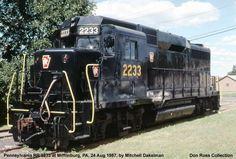 Pennsylvania RR EMD GP30 Diesels