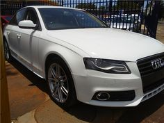 We work hard to make you the best deal on the vehicle you have always wanted. After all, we know how we take care of you today determines your desire to do business with us in the future. This cream puff is a non-smoker vehicle. Clean and fresh... just like new. This one of a kind beauty with superb styling will tell everyone you have arrived. It will be rewarding for you to see how others react. Our primary concern is the satisfaction of our many customers. We will appreciate the…