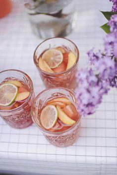 Fredagscocktail: Rosé Sangria