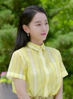 Shin Hye-sun defines the ultimate summer ensemble with her romantic, canary yellow coordinate in the episode of 'Angel's Last Mission: Love'. Korean Actresses, Actors & Actresses, Celebrity Weddings, Celebrity Style, Golden Life, Handsome Korean Actors, Korean Star, Kdrama Actors, Korean Celebrities
