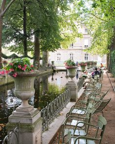 La Fontaine Médicis, Paris, France Palais Du Luxembourg, Luxembourg Gardens, Romantic Paris, Holiday Places, Paris City, French Chateau, Paris Photos, Paris Travel, Belle Photo