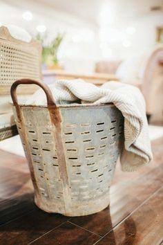 Reeds- Olive bucket
