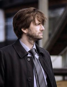 David Tennant interview in New York Times about Gracepoint | DavidTennantOnTwitter.com