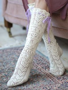 Knitted from Novita Venla yarn and adorned by a pair of ribbons, these beautiful lace socks have us dreaming of summer. Lace Socks, Crochet Socks, Knitted Slippers, Wool Socks, Knitting Socks, Free Knitting, Crochet Lace, Tunisian Crochet, Knitting Machine