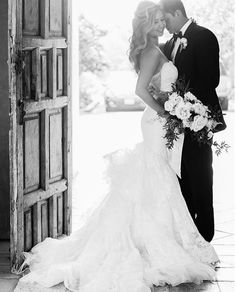 | aboutdetailsdetails.com | black and white photography, jana williams photos, beautiful wedding gown, trumpet shape, bride and groom pose inspiration