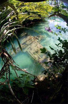 aeroplano de guerra japonés en Guam
