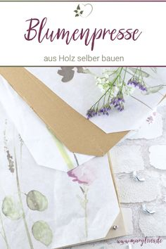 [Anzeige] DIY Blumenpresse aus Holz selber bauen - #blumenpresse #diyblumenpresse #blumenpressen #blumenpresseselberbauen #diy #blumendiy No Waste, Urban Gardening, Crafty, Inspiration, Hand Made Gifts, Pressing Flowers, Sustainable Gifts, Summer Diy, Biblical Inspiration
