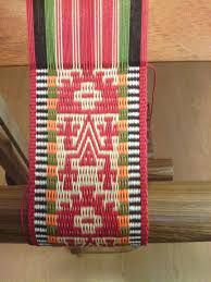 150 best images about Andean and Central American textiles . Inkle Weaving, Inkle Loom, Card Weaving, Tablet Weaving, Weaving Textiles, Weaving Patterns, Tapestry Weaving, Weaving Machine, Natural Dye Fabric
