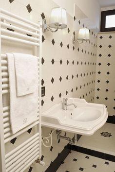 Sink, New Homes, Dining Room, Bespoke, Interior Design, Bathroom Ideas, Home Decor, Houses, Full Bath