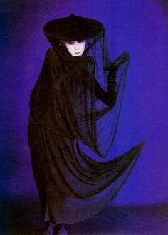 sisterwolf: Sayoko Yamaguchi - Serge Lutens