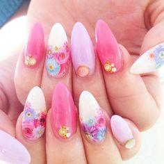 お花畑 @gamoami @jillandlovers_h #jillandlovers#harajyuku#@jillandlovers#nail#ネイル#nailart#paragel#パラジェル#スカルプ#お花#シースルーカラー